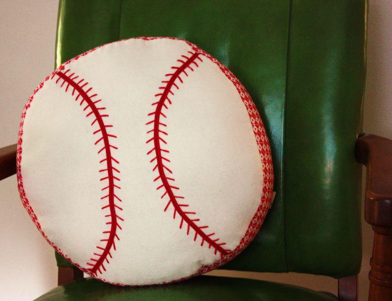 Baseball pillow 004