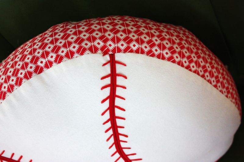 Baseball pillow 010