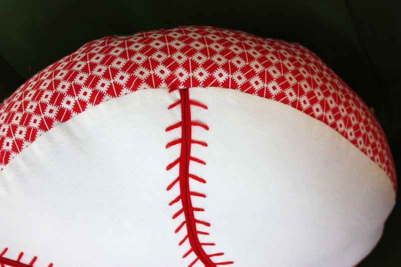 Baseball pillow 010