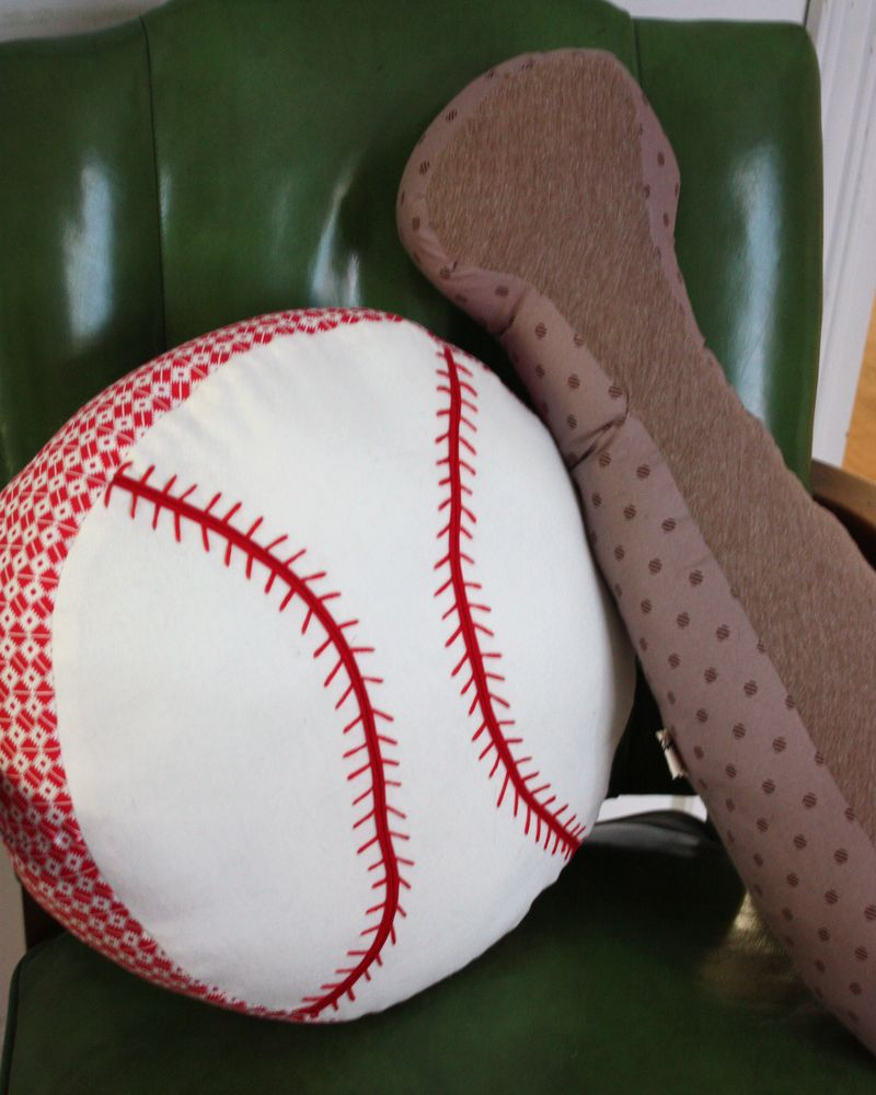 Baseball pillow 014