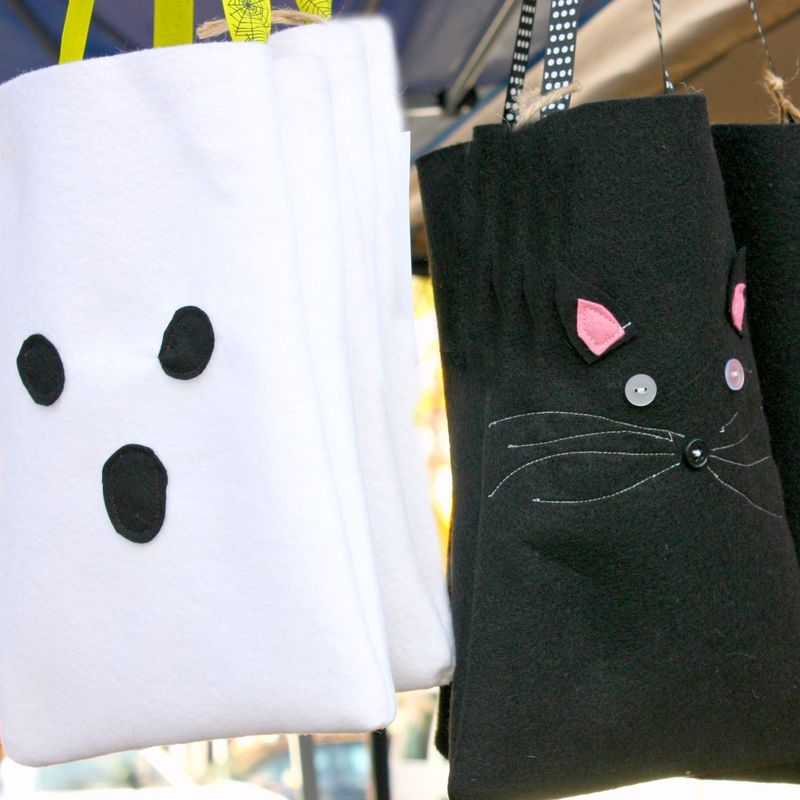 Trick or treat bags ghost and kitty