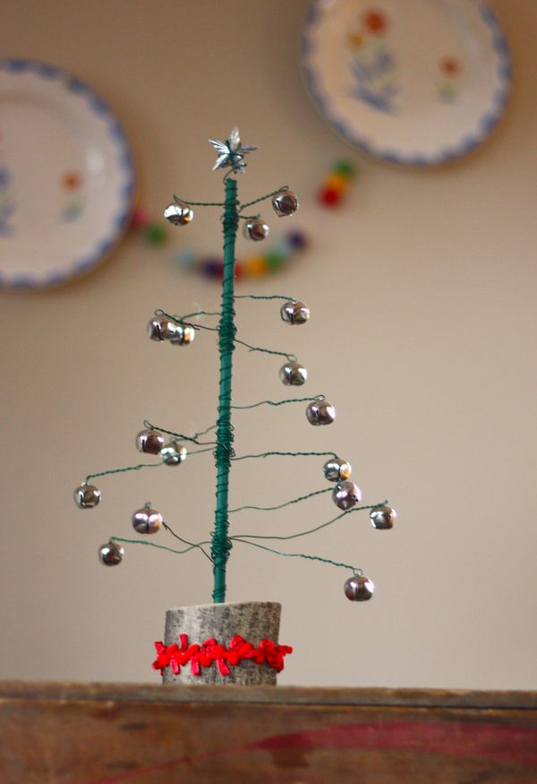 Jingle Bell Tree A Mini Tutorial Buzzmills