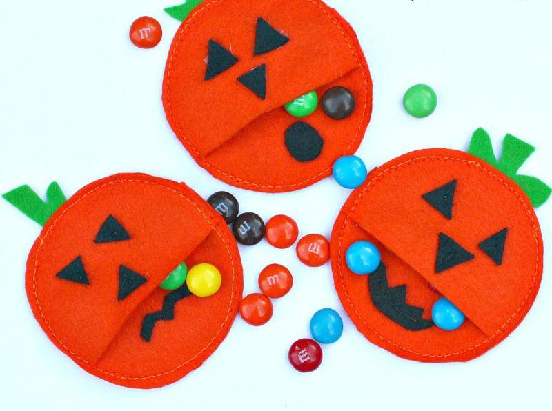 Pumpkin pockets