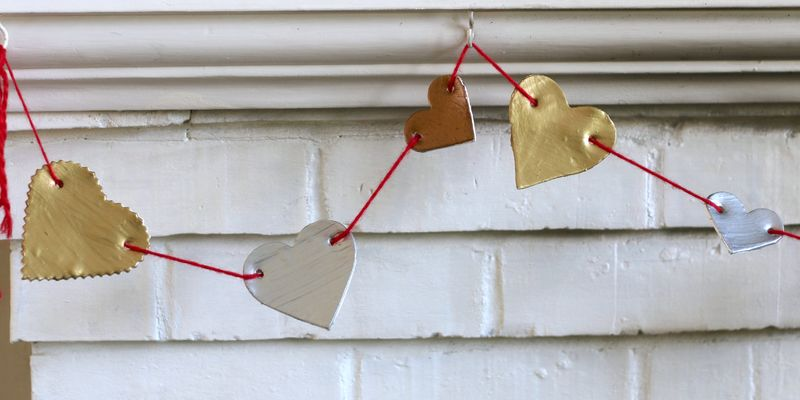 Make Metallic Heart Bunting Buzzmills
