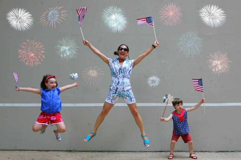 Jumping fireworks